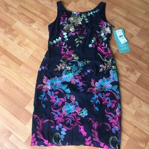 Floral dress new with tags  size 8